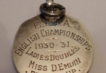 1930 31 English Open Ladies Doubles Runner Up d. Emdin (1)